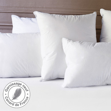 The De-Luxe Natural Pillow